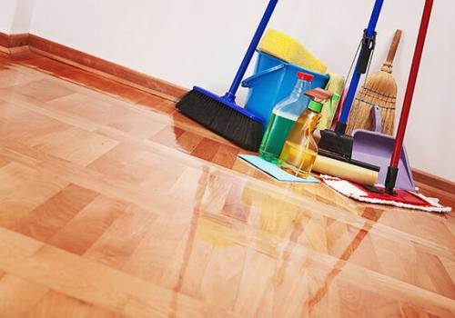 floor scrubbing and polishing